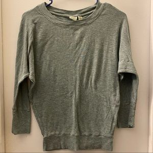 Lucy & Laurel Women's size extra small shirt